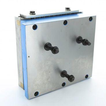 Magnetická podstava 150